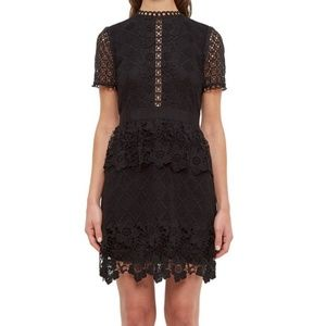 🍒EUC🍒 TED BAKER CROCHET LACE DRESS Ted 2